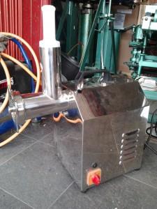 mesin penggiling daging meat grinder