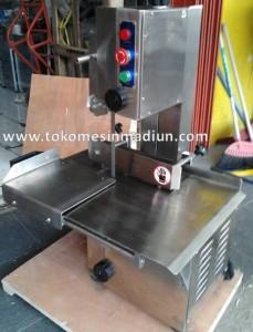 mesin pemotong tulang sapi alat potong daging