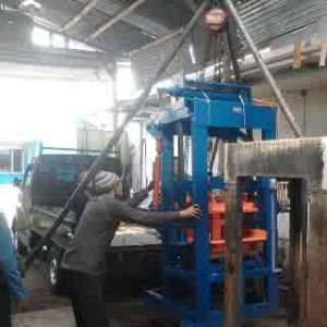 Mesin Cetak Paving Hidrolis