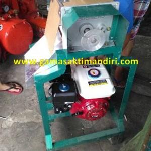 Mesin Parut Kelapa Tenaga Motor Bensin Murah di Madiun Jawa Timur