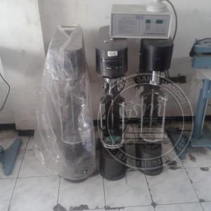 mesin penutup botol kaca dan plastik