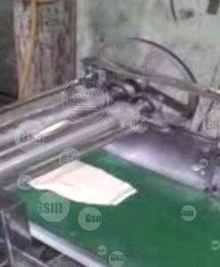 mesin pemipih adonan roti
