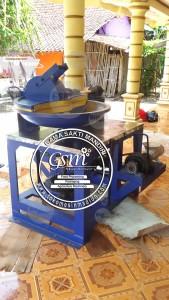 mesin penggiling daging dan mixer adonan bakso diameter 70 cm