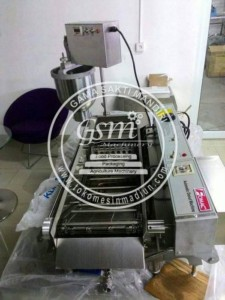 Mesin Pencetak Donat