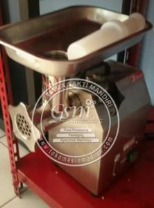 Mesin Giling Daging Fomac MGD 8A