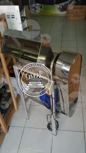 Mesin Penyuwir Daging
