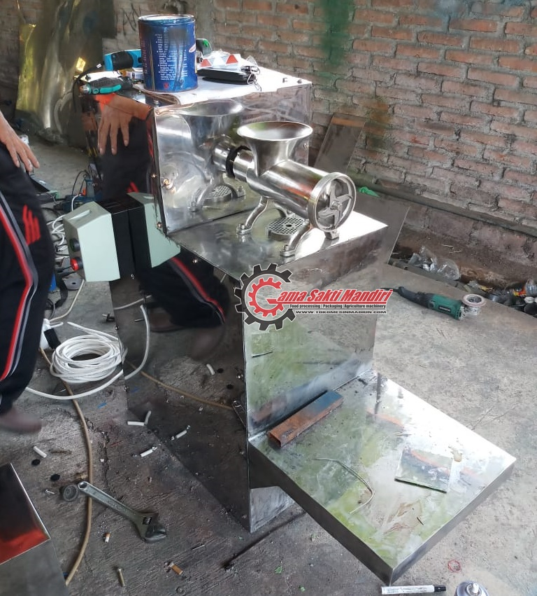 Mesin Giling Daging Stainless Steel